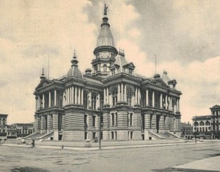 Courthouse postcard 1907 Mrs Larson life sentence (2)